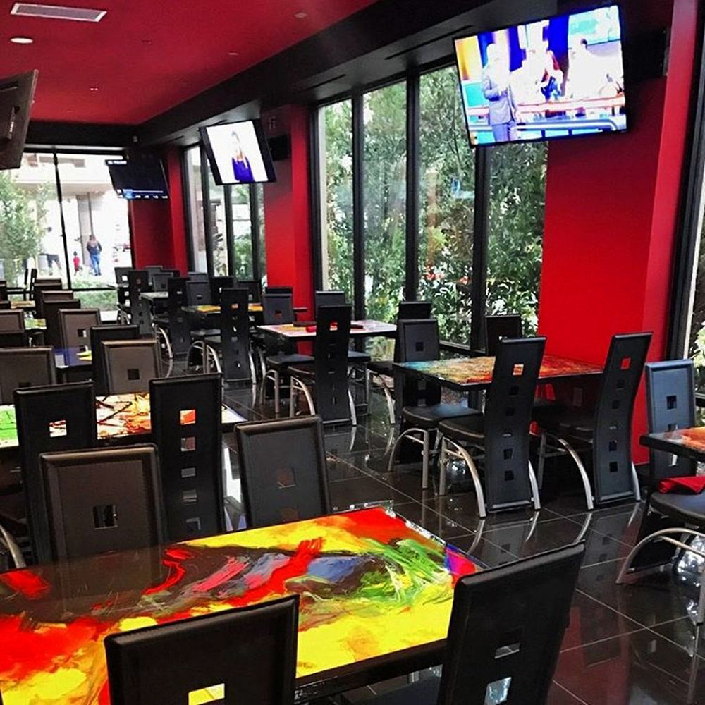 Hatari Restaurant & Sports Bar