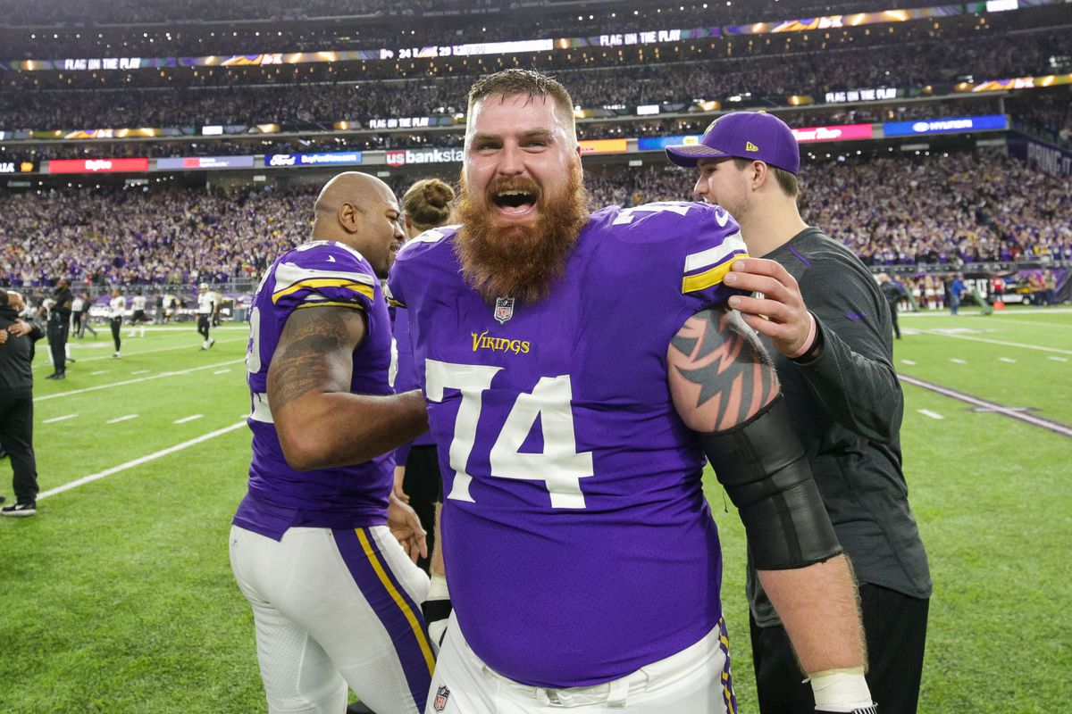 timeless design d8e92 1118d Giants' roster moves: Remmers, Akinmoladun signings made ...