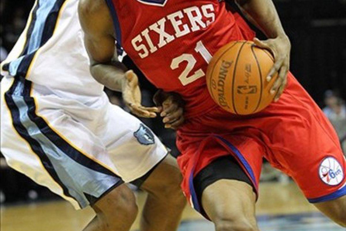 Feb 21, 2012; Memphis, TN, USA; Philadelphia 76ers forward Thaddeus Young (21) drives against the Memphis Grizzlies at the FedEx Forum. Mandatory Credit: Nelson Chenault-US PRESSWIRE