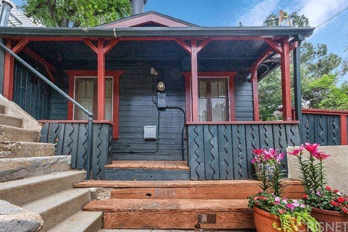 Tiny Little 1920s Hunting Cabin in Laurel Canyon Asking $639