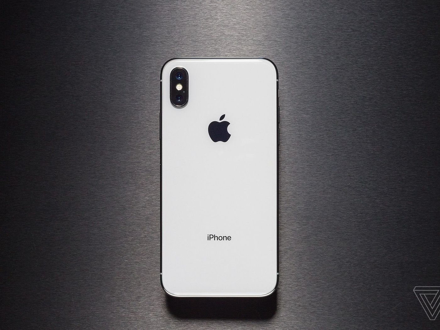 New 6 5 Inch Iphone X Model Reportedly Called The Iphone Xs