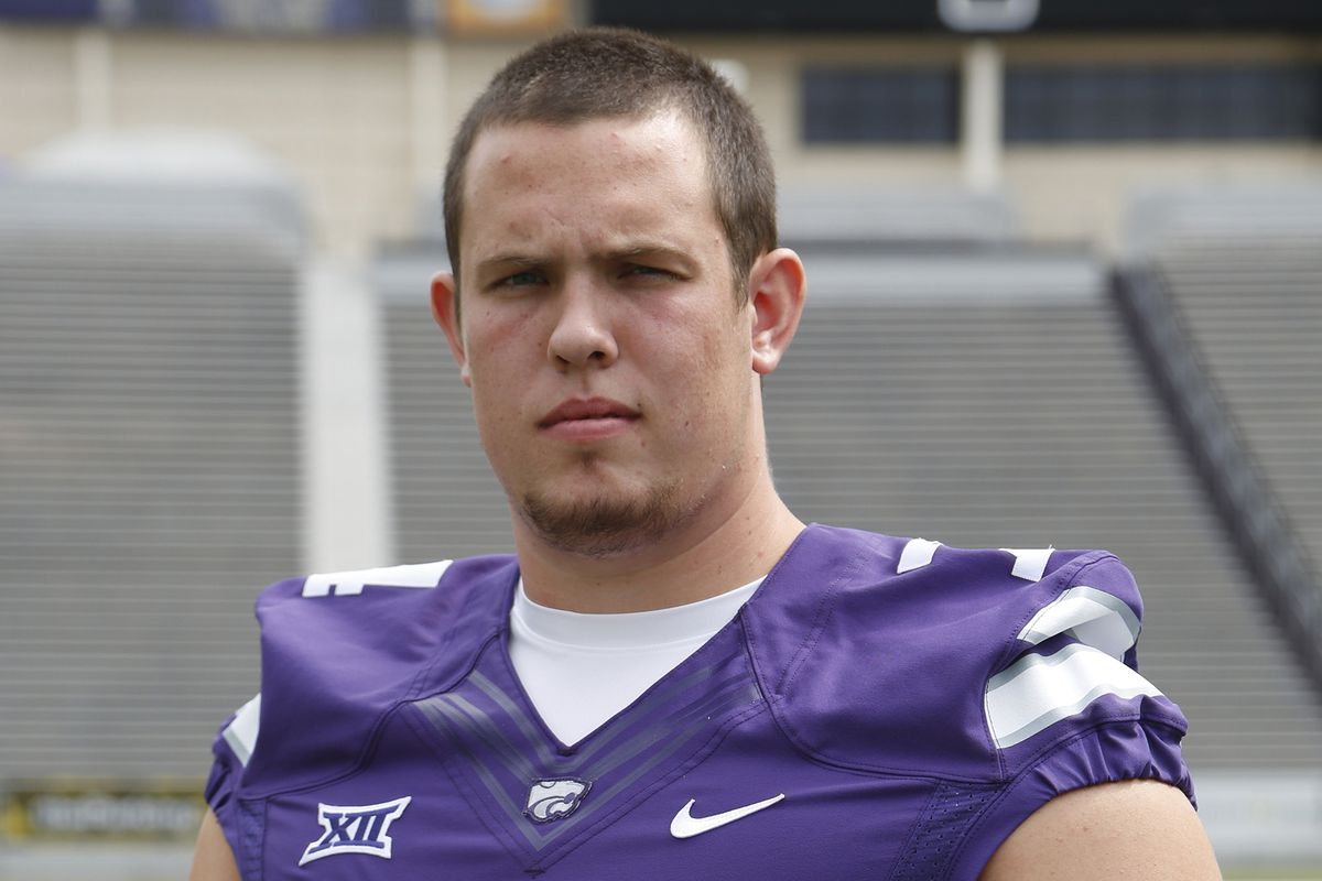 With support of Kansas State teammates, OL Scott Frantz reveals he is gay