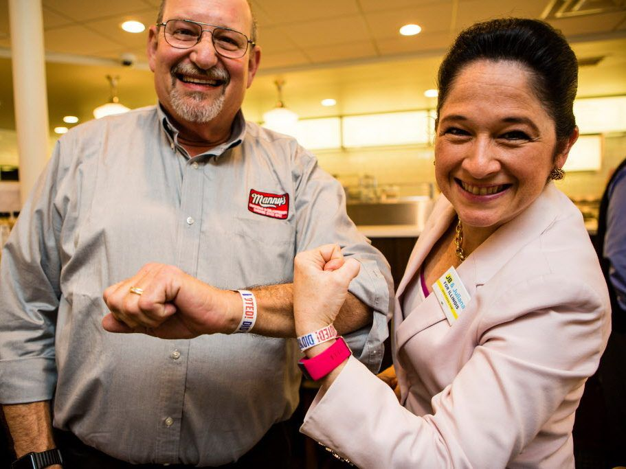 State Comptroller Susana Mendoza, right, with Ken Raskin, left, owner of Manny's Deli on Election day, March 20th, 2018. File Photo. | James Foster/For the Sun-Times