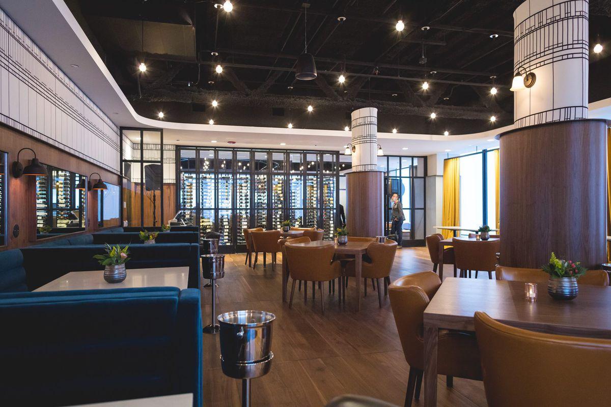 The New Restaurant Inside Willis Tower Metropolitan Facebook