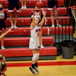 Springville's Ashleigh Mousser shoots during a girls basketball game against Maple Mountain in Springville on Tuesday, Jan. 26, 2021.