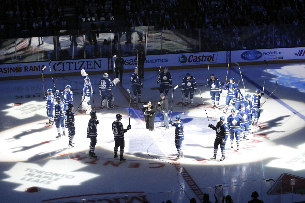 LOOK! LOOK! THEY'RE SALUTING! NOW SHUT UP ABOUT IT FOR THE REST OF THE SEASON