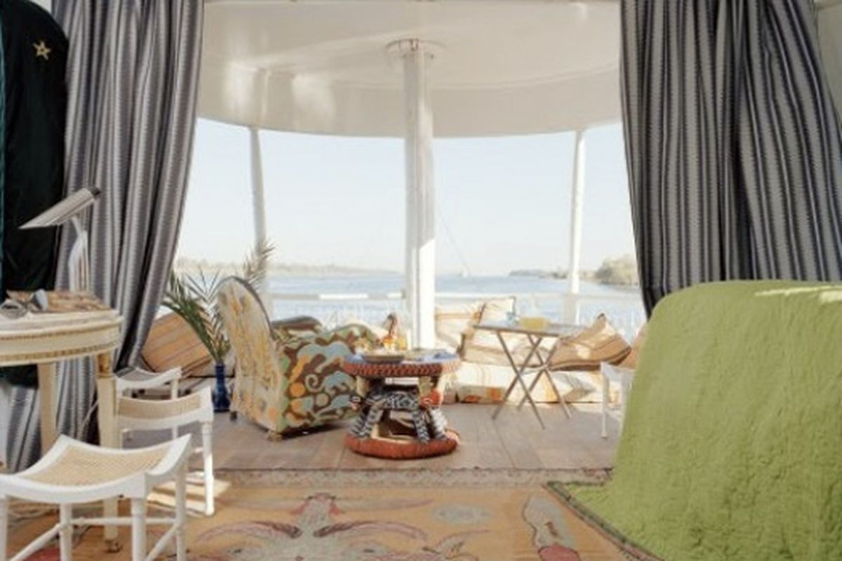 This is the view from the bedroom of Christian Louboutin's houseboat. Houseyacht, or mansionboat, is more like it. Image via Curbed National