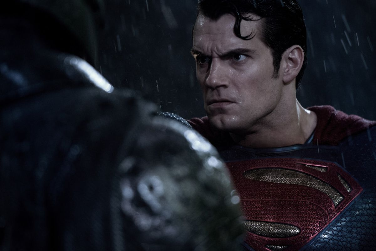 Batman v Superman': Many muscular moments in clash of heroes