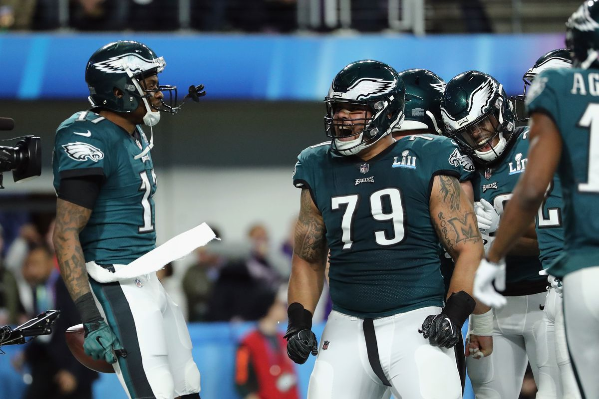 Eagles' Brandon Brooks defends Carson Wentz, talks about his rehab, and more