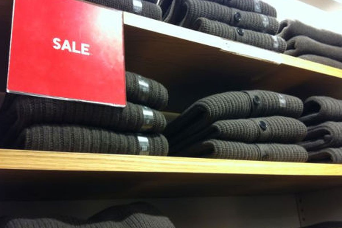 """Image via <a href=""""http://samplesally.com/2012/01/24/prices-slashed-on-j-for-uniqlo/"""">Sample Sally</a>"""