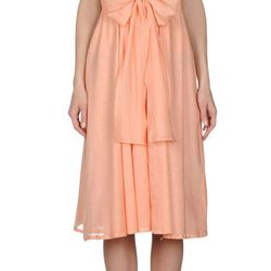 "<b>Jil Sander</b> 3/4 length dress, <a href=""http://store.jilsander.com/navigation.asp?tskay=6E4007DC#/item/cod10/34279219RA/c/694/gender/D/season/main"">$1,490</a>"