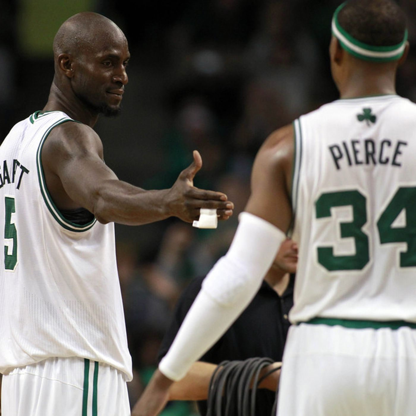 buy popular 8429b afbea Woj: Nets and Celtics talking trade that would bring Kevin ...