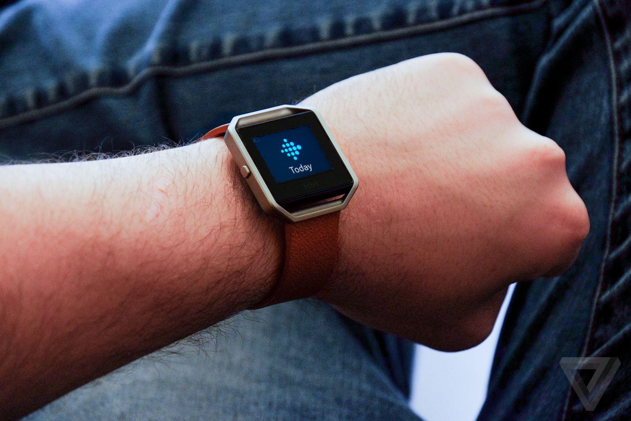 Fitbit Blaze review: a 'smarter' fitness tracker is still ...