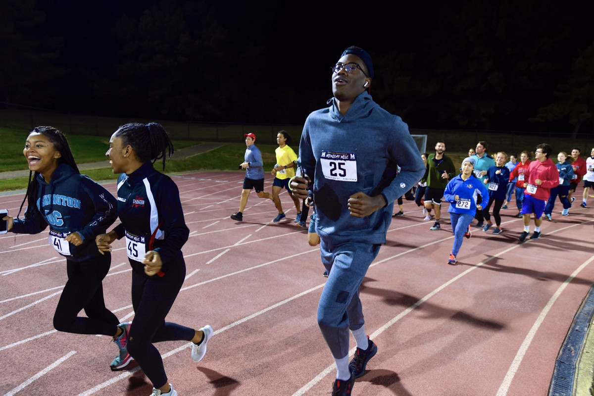 Maryland men's basketball rallies student body in now-annual Midnight Mile