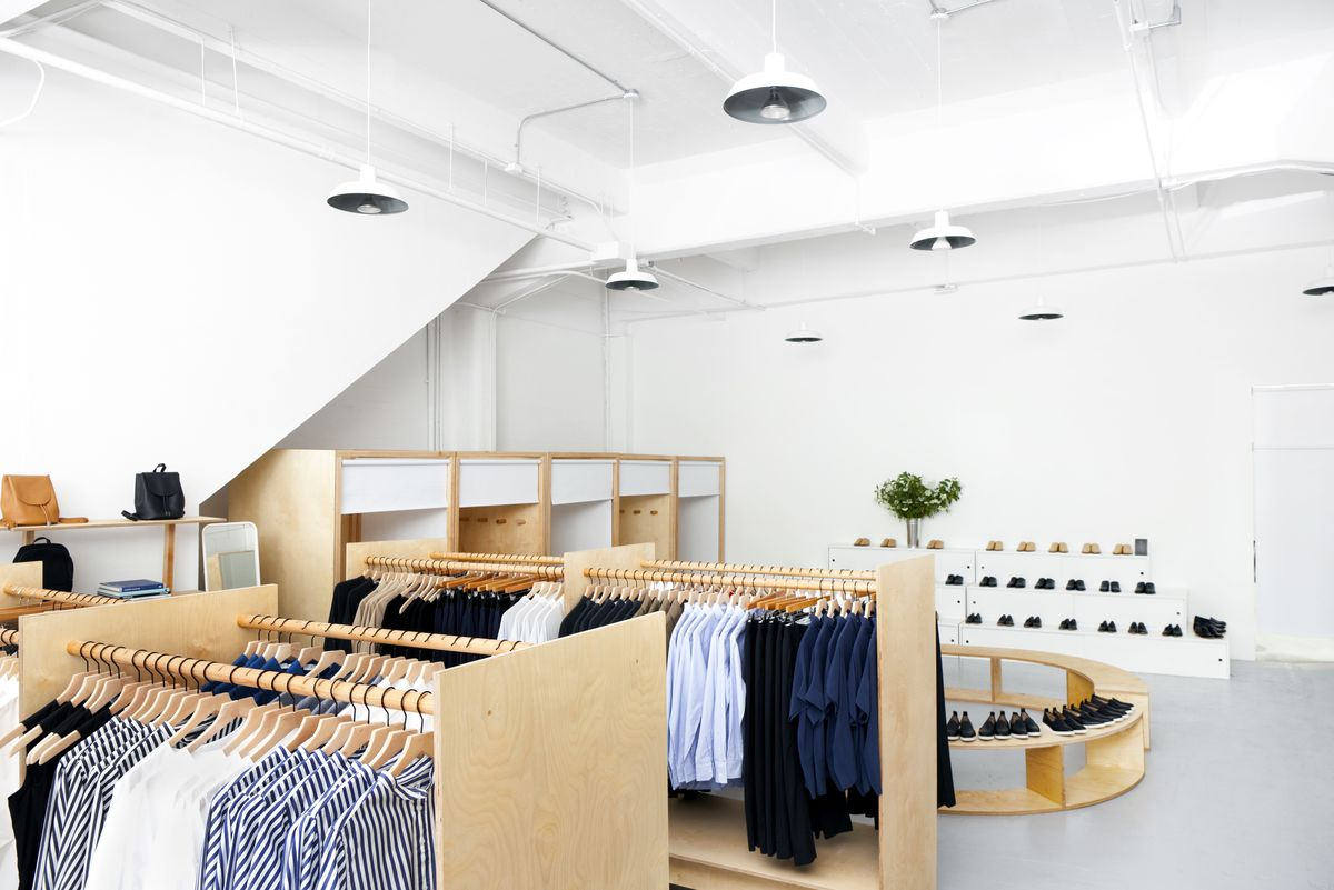 Everlane Finally Opened A Brick And Mortar Store Racked