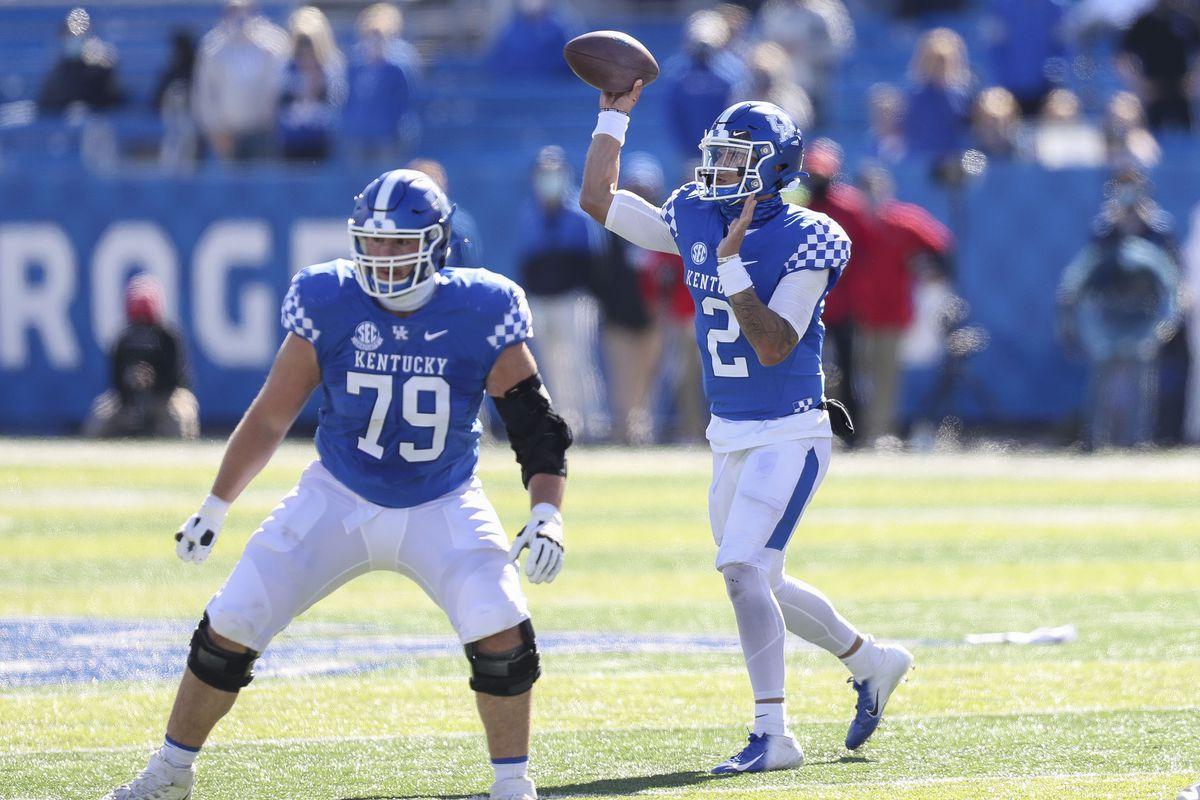 NCAA Football: Georgia at Kentucky