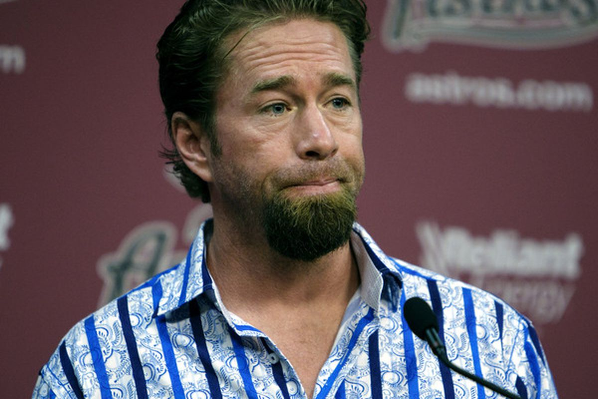 HOUSTON - JULY 11:  Jeff Bagwell addresses the media during a press conference as the Houston Astros announced that Bagwell was replacing Sean Berry as hitting coach on July 11 2010 in Houston Texas.  (Photo by Bob Levey/Getty Images)
