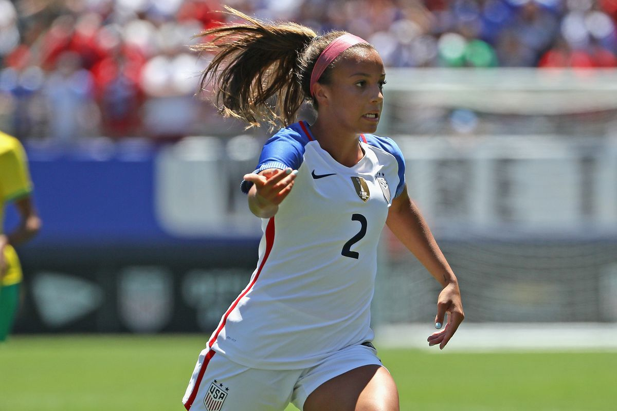 18yearold uswnt star mallory pugh is turning pro on her