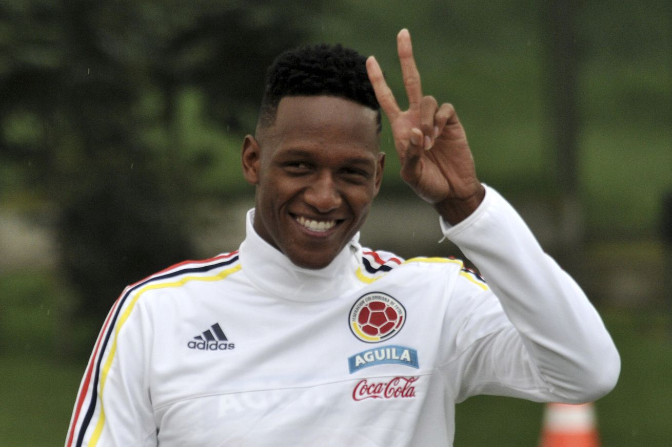 OFFICIAL: Barcelona confirm Yerry Mina signing