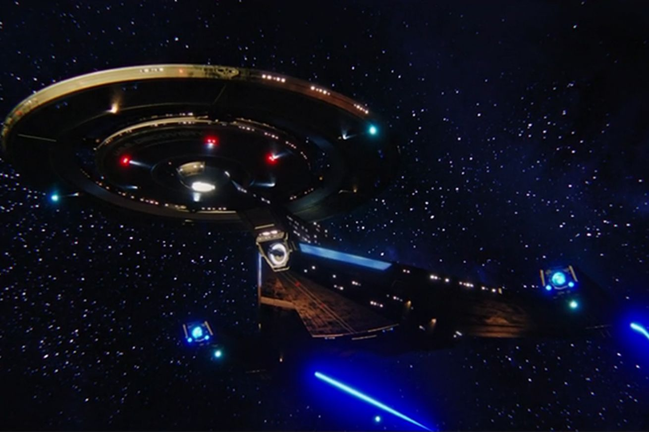 by going dark star trek discovery freed itself to look at the future in a new way