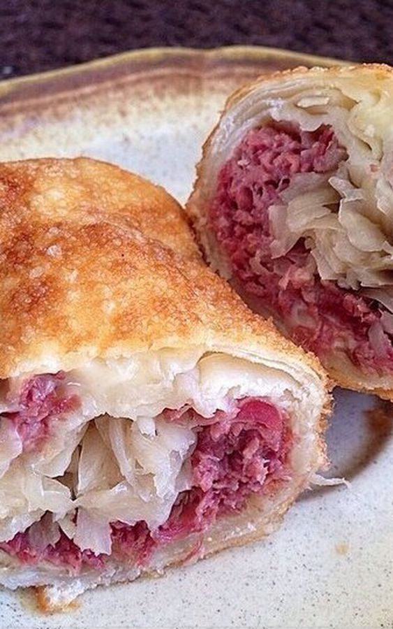 asian corned beef egg roll