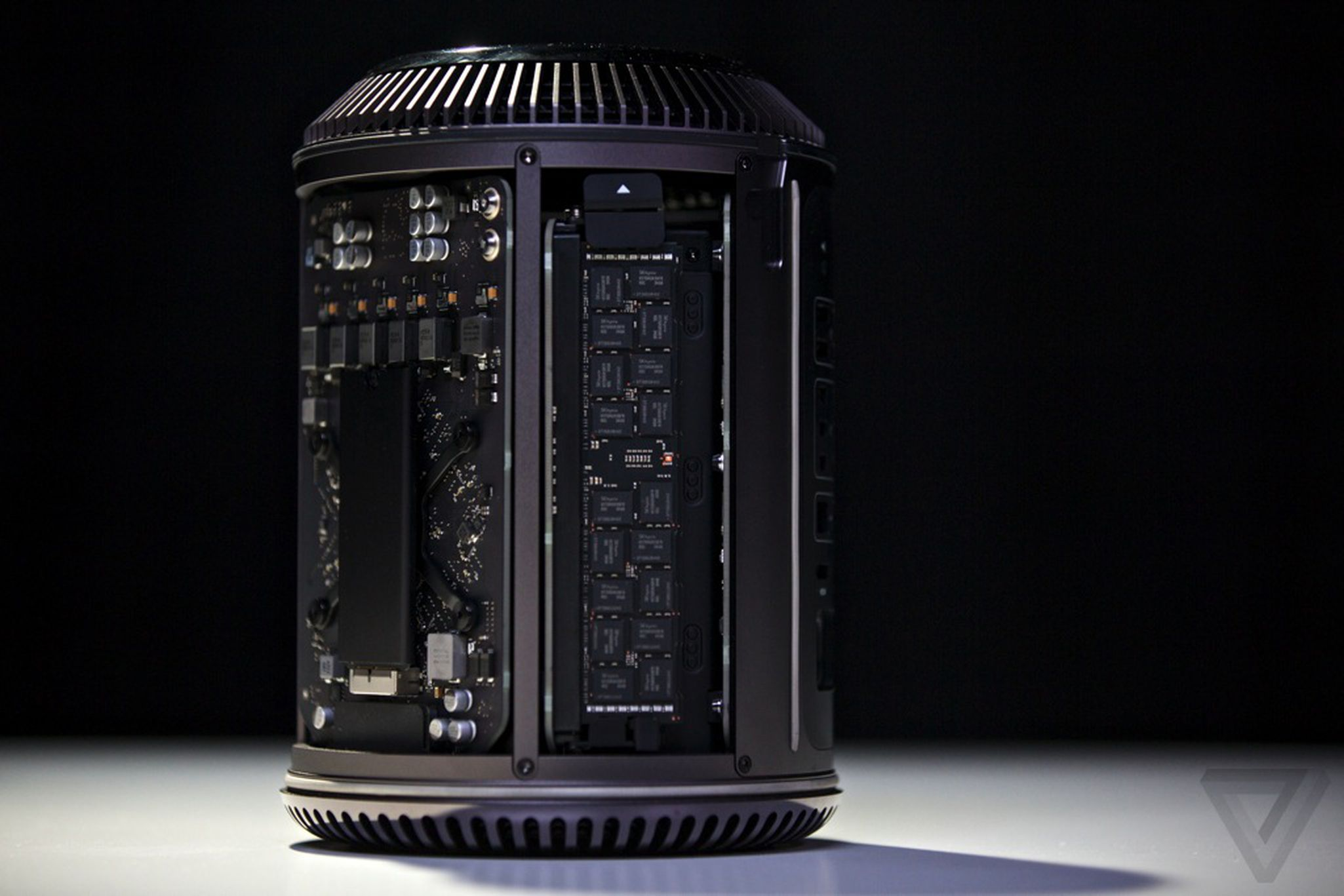 Apple Mac Pro review (2013) | The Verge