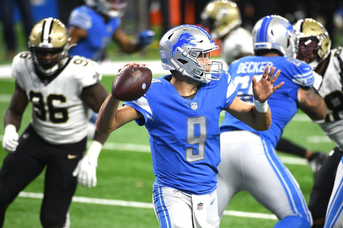 Detroit Lions quarterback Matthew Stafford drops back to pass during the fourth quarter against the New Orleans Saints at Ford Field.