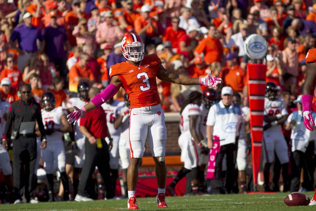 Vic Beasley. Will the Clemson to Nashville pipeline continue?