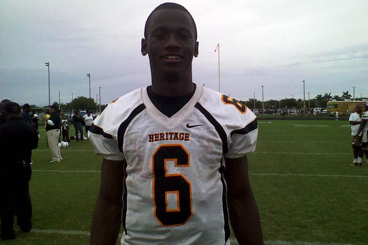 abdeb1183e25 Ohio State recruiting  Top 15 targets for 2015 - Land-Grant Holy Land