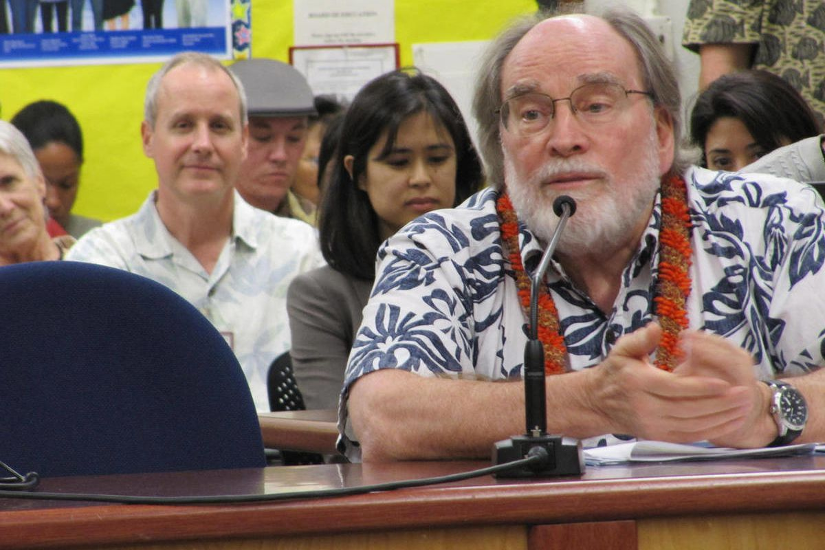 Hawaii Gov. Neil Abercrombie testifies to the state Board of Education in Honolulu, Tuesday,April 17, 2012. The board voted unanimously in support of policies tying teacher and principal pay to job performance and establishing performance evaluations at H