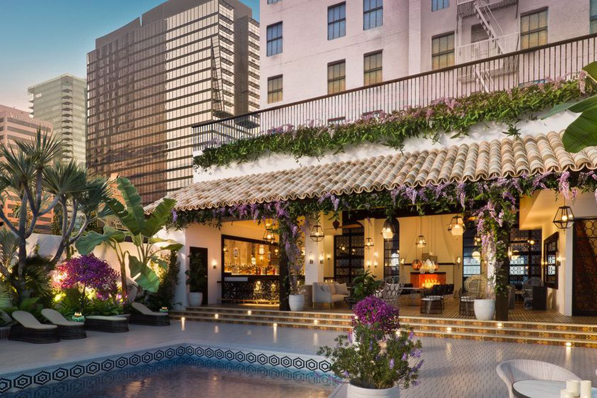 The Remodeled Hotel Figueroa Wants To Change The Way You