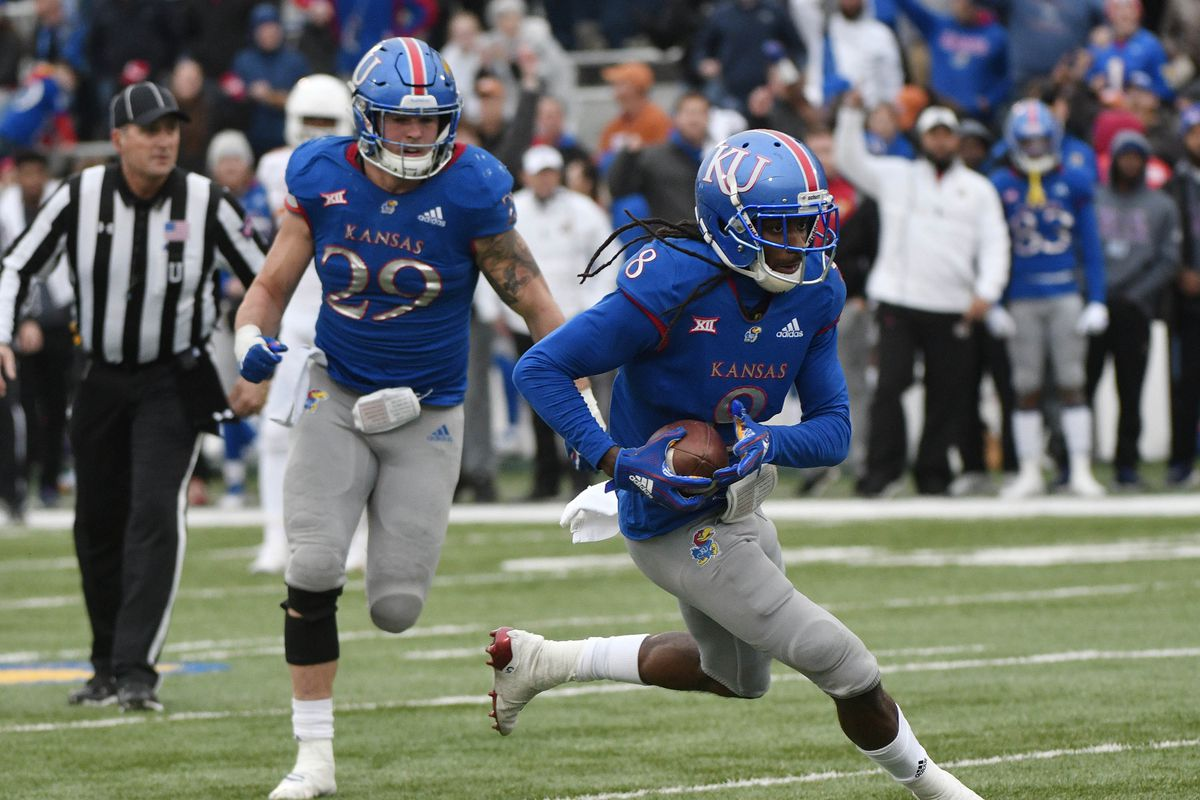 Notebook: New JUCO Wideout Mauling Fitting in with Team; KU Softball Mauls Baylor
