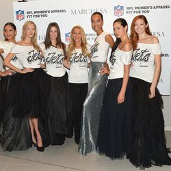 Models with Suzanne Johnson (center), wife of Jets owner Woody Johnson