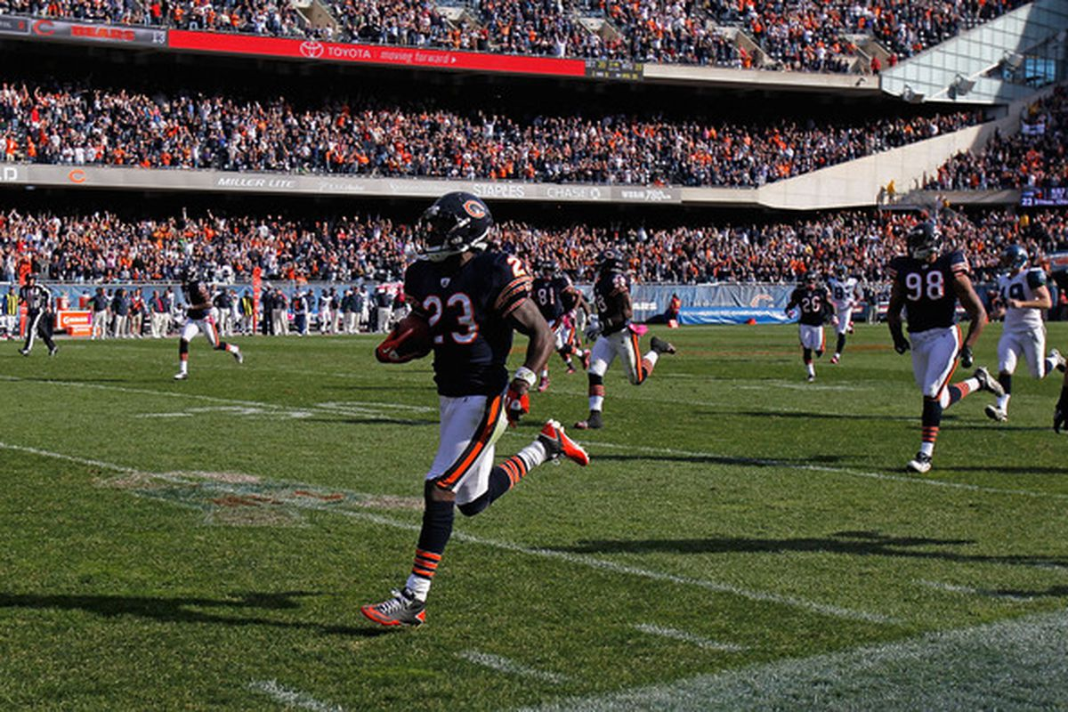 Sweet Home Field Chicago  Soldier Field Turf Is The Bears  12th Man ... 1367492d7