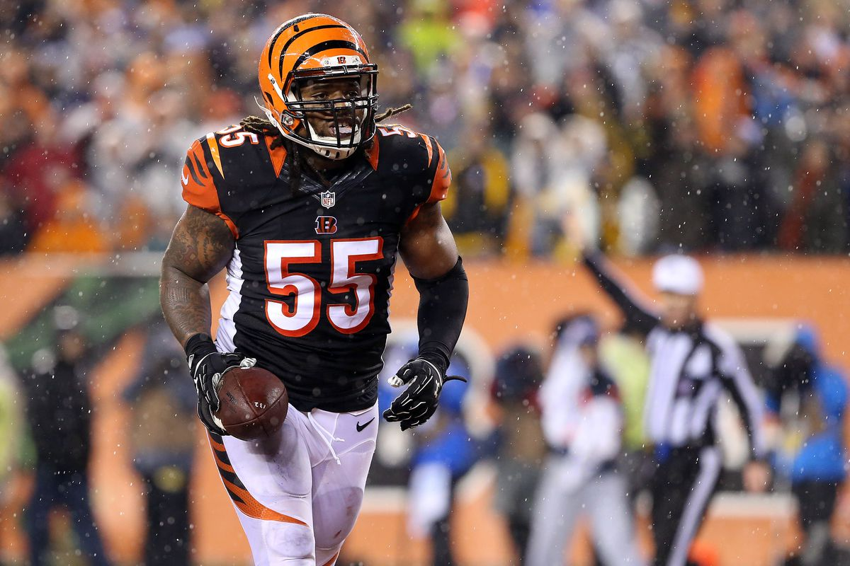 Vontaze Burfict fined for flipping off crowd in Bengals vs ...