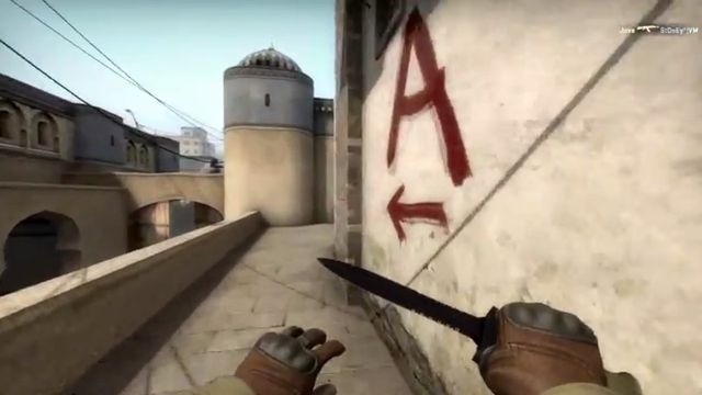 Fake CSGO cheat software makes hackers jump off maps, blow themselves up