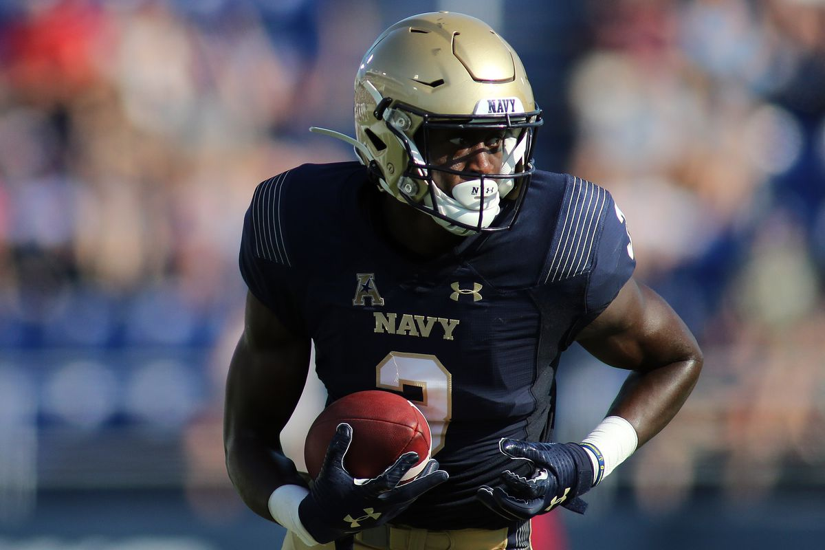 COLLEGE FOOTBALL: AUG 31 Holy Cross at Navy