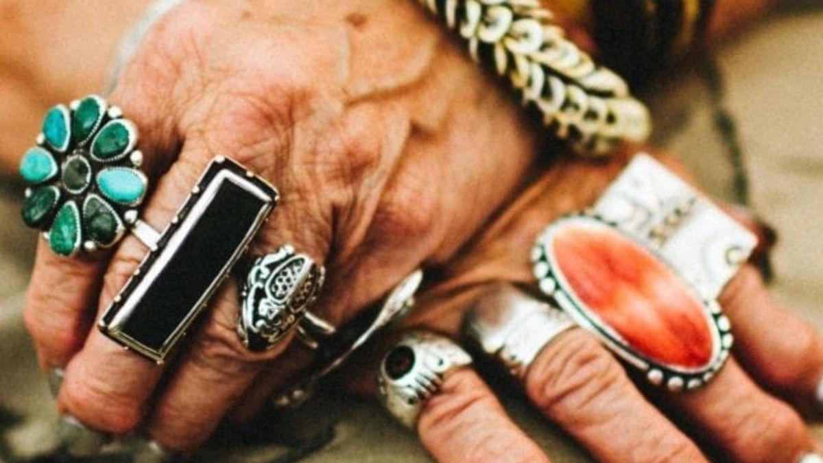 Susann Craig llevaba anillos en todos los dedos en todo el mundo.