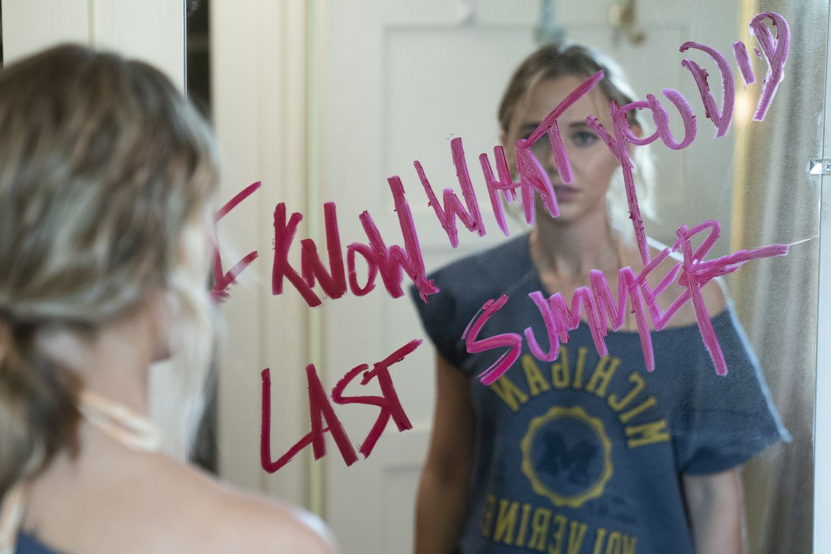 Writing on a mirror in I Know What You Did Last Summer