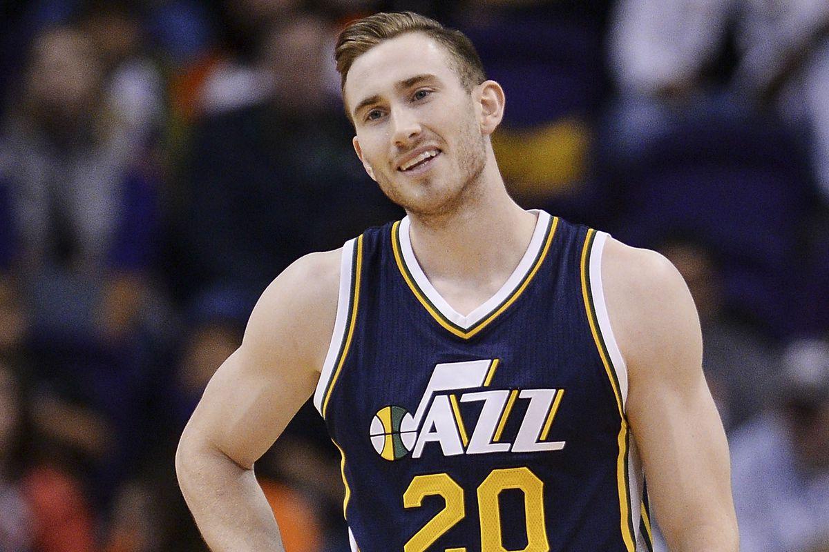 Stein  Phoenix Suns have offered 4 13 for Utah s Gordon Hayward ... 4e9be2930