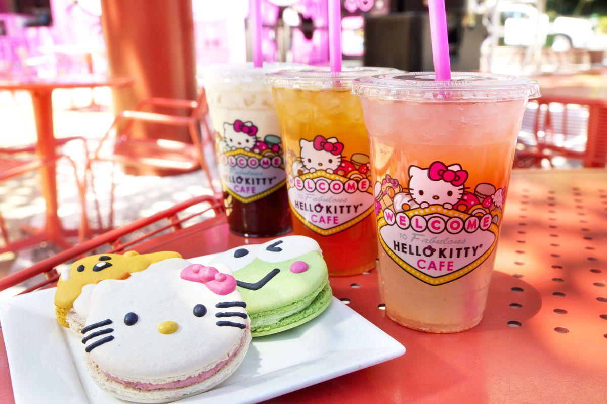 Treats at the Hello Kitty Cafe