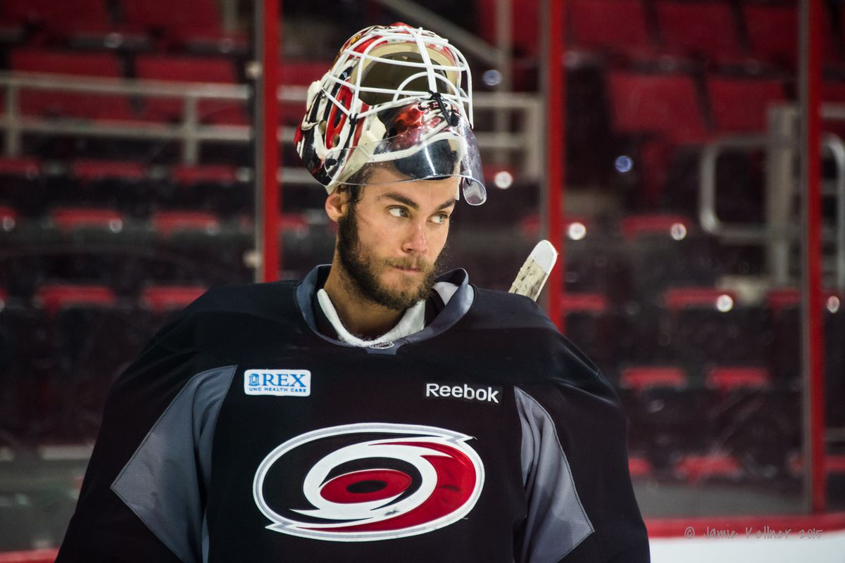 Eddie Lack was perfect through 2 periods against the Caps on 9/21, and he'll get the start in net again tonight.