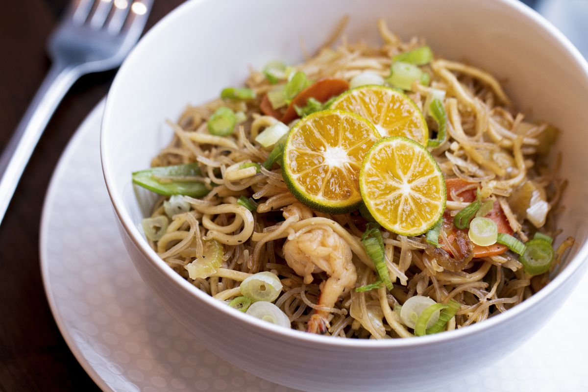 Pancit with shrimp and chicken