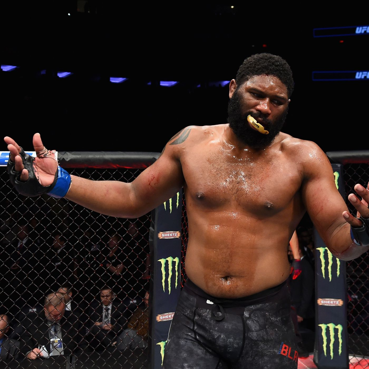 UFC odds: Curtis Blaydes opens as sizable betting favorite over Derrick Lewis for Nov. 28 showdown - MMAmania.com