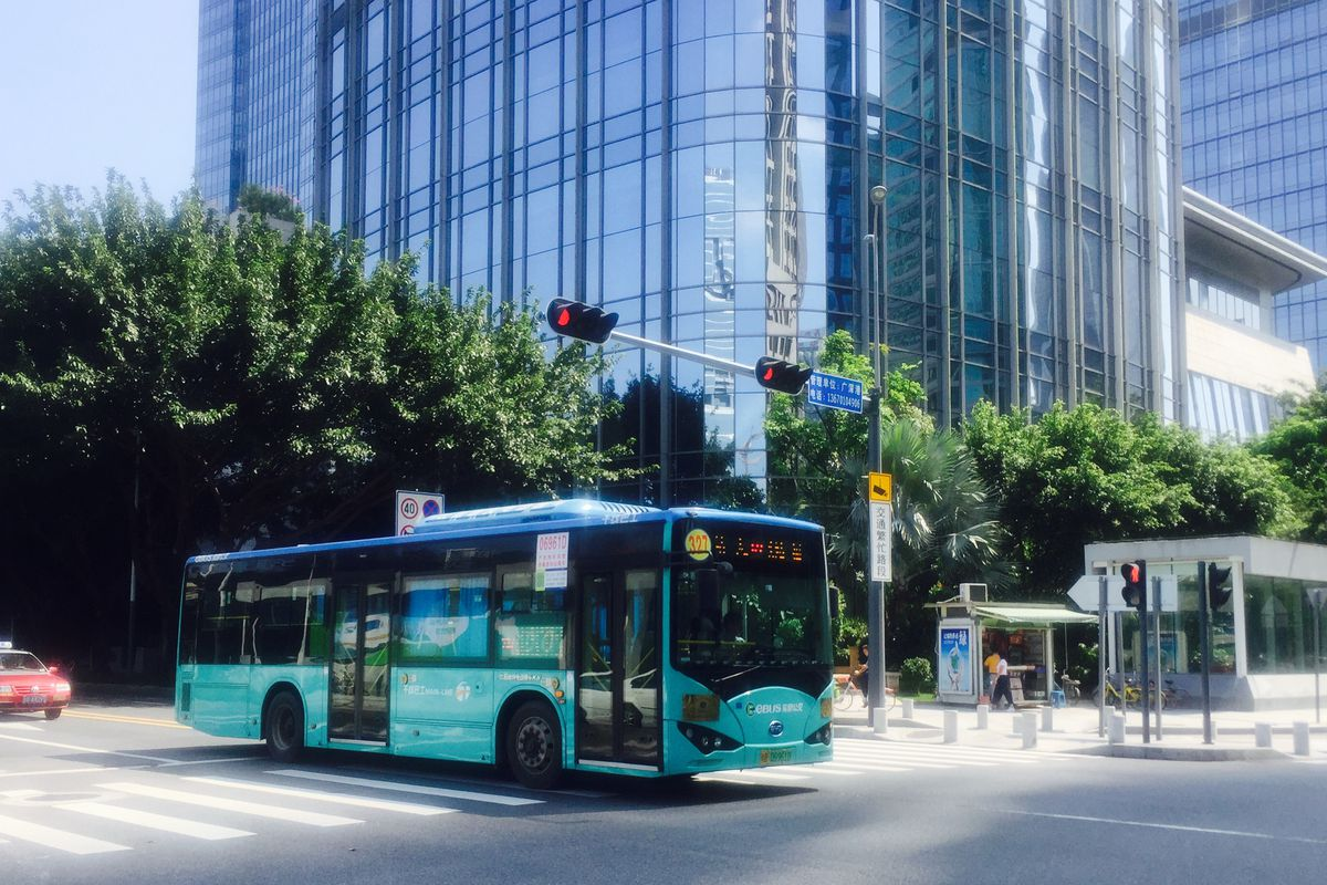 How Shenzhen China Turned All Its 16 000 Buses Electric