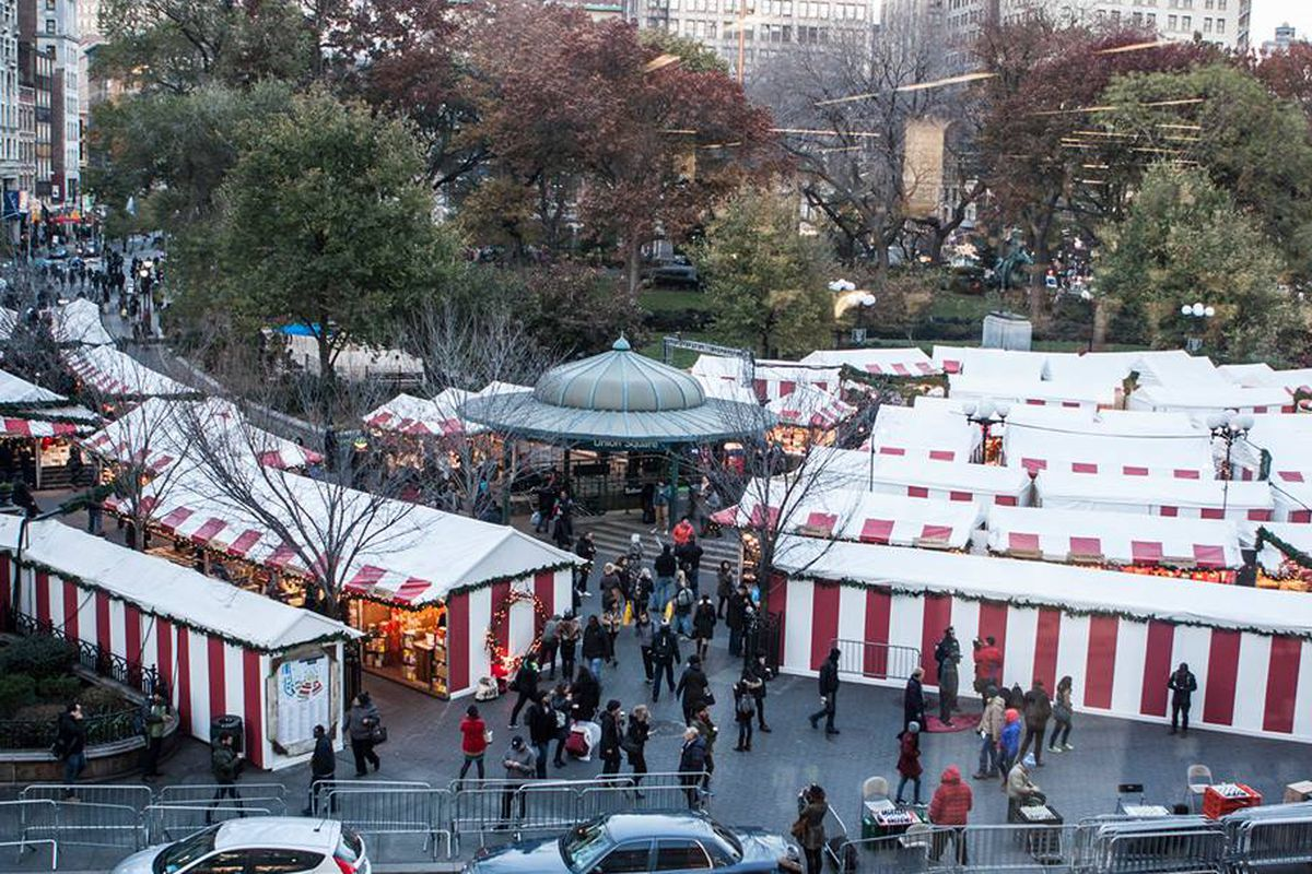 A view of the Union Square holiday market