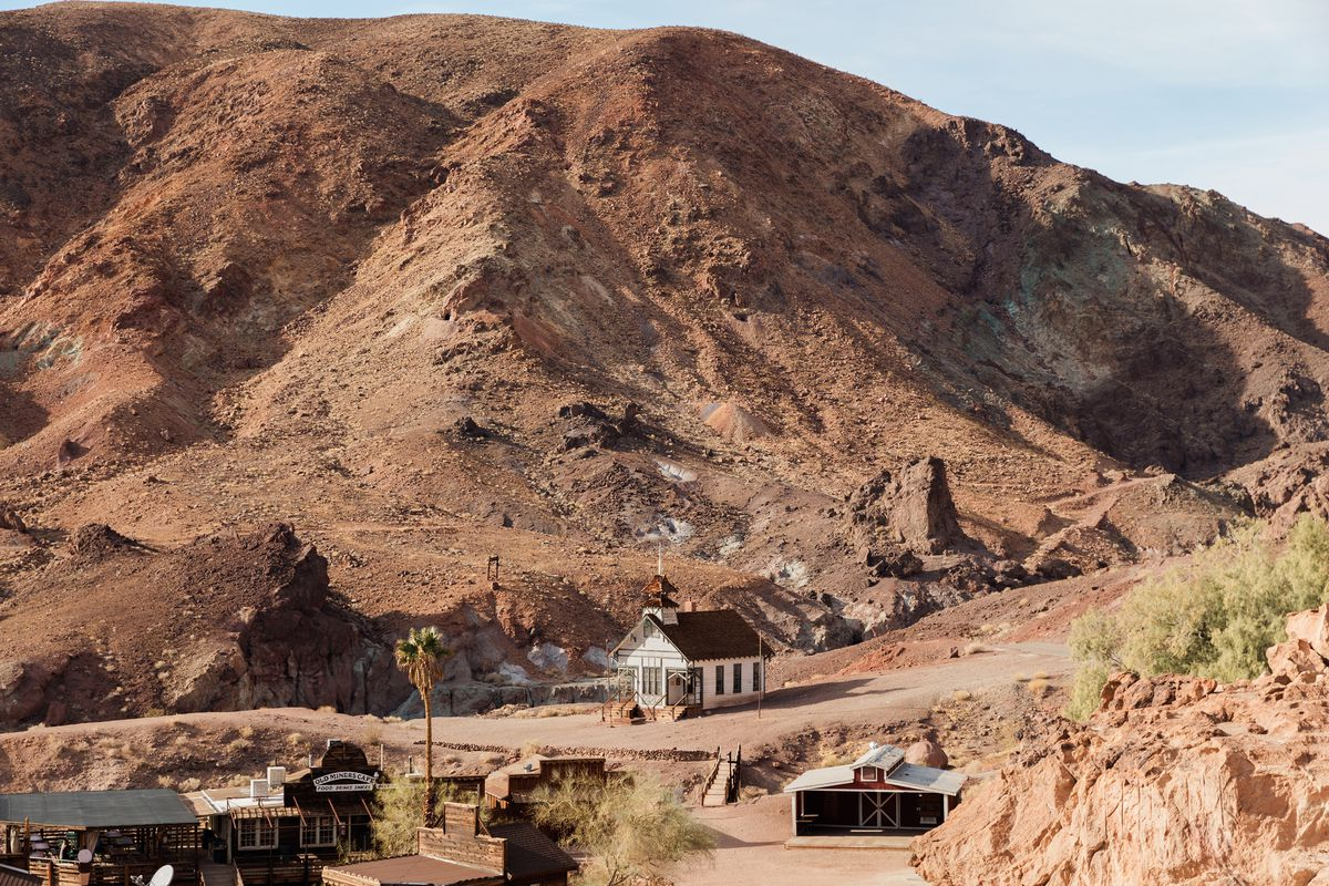 California Desert Ghost Towns Five Destinations To Visit Curbed La