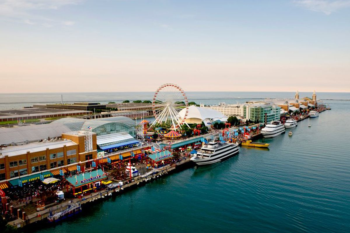 navy pier ordinance aims to allow public alcohol consumption outside