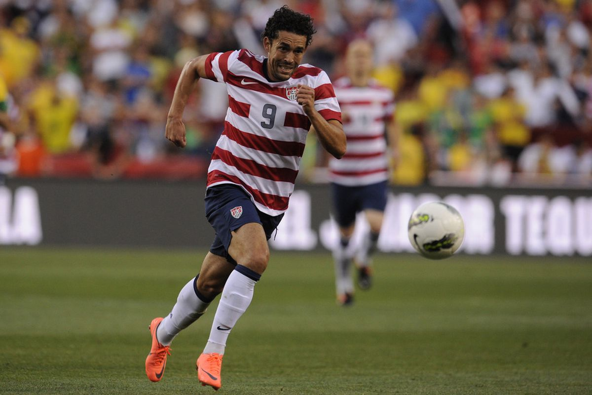 Herculez Gomez won't be easy to sign, but he'd be a perfect fit for D.C. United in 2013.