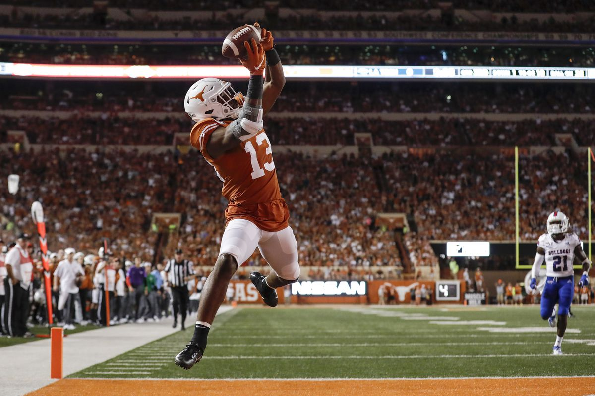 Texas WR Brennan Eagles impresses to begin sophomore season - Burnt Orange  Nation